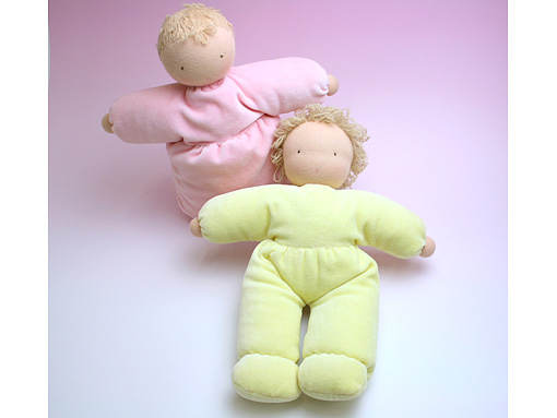 ヴェロアで作る抱き人形