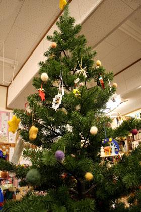 ドイツ・プラスティフロアのクリスマスツリー
