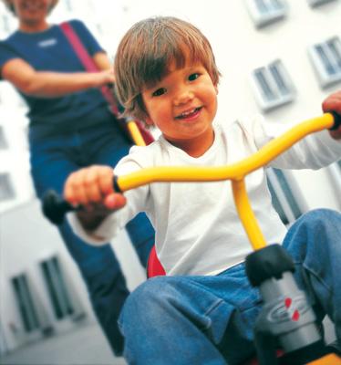 プッキー三輪車 — 組み立てる愉しみ —